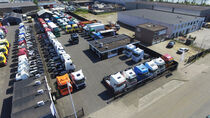 Μάντρα αποθεμάτων (στοκ) Kaus Trucks